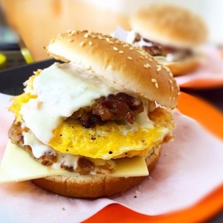 dari Si Sun Fast Food (紅磡) di 紅磡 |Hong Kong