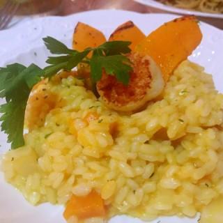 香煎帶子南瓜意大利燴飯 - 位于尖沙咀的一起果醬 (尖沙咀) | 香港