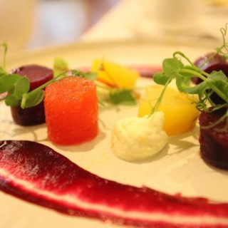 Salt-baked beetroot, lime and lemon cheese, and pickled watermelon - 位於銅鑼灣的公主 (銅鑼灣) | 香港