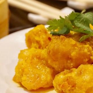 黃金蝦球 - 位於西環的上海姥姥 (西環) | 香港