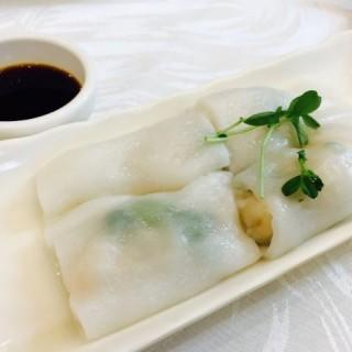 鮮蝦腸粉 -  dari Lingnan Chinese Restaurant (屯門) di 屯門 |Hong Kong