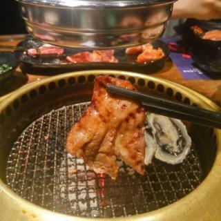 牛舌 - ใน銅鑼灣 จากร้านSashi Japanese Yakiniku Restaurant (銅鑼灣)|ฮ่องกง