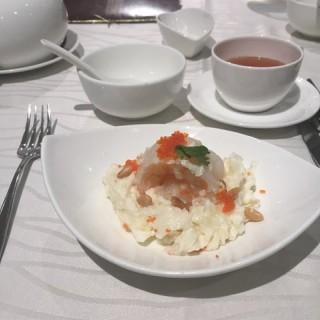 松子蟹肉芙蓉蝦球 - 位於跑馬地的壹玖捌叁 (跑馬地) | 香港