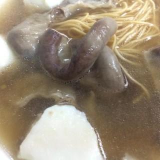 魚蛋河加底加腸走蔥 - 位于大埔的新蔡潤記魚旦粉麵 (大埔) | 香港