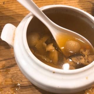 天麻川芎白芷魚頭湯 - 位於沙田的蒸廬 (沙田) | 香港