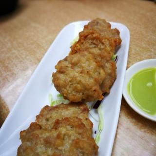 鹹魚肉煎餅 - 位於深水埗的新容記小菜王 (深水埗) | 香港