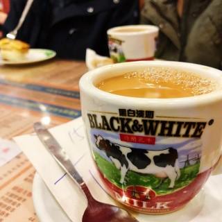 港式热奶茶 - 位於太子的金華冰廳 (太子)   香港