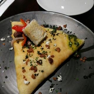 希臘-檸檬烤雞配羊奶芝士法式薄餅 - 位於中環的Café Crêpe (中環) | 香港