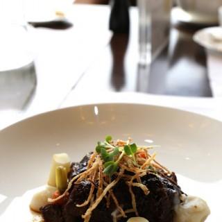 砵酒燴澳洲牛面頰 -  dari Vida Rica Restaurant (宋玉生廣場(皇朝)) di 宋玉生廣場(皇朝) |Macau