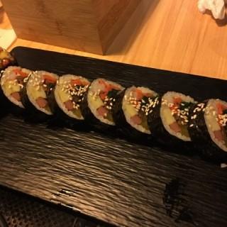 傳統紫菜包飯 -  dari 首爾韓國料理 (黑沙環) di 黑沙環 |Macau