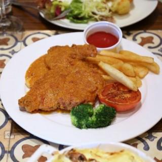 Coloane-Taipa's Dragon Portuguese Cuisine (Coloane-Taipa)|Macau