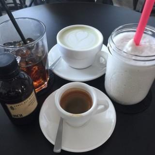 dari INCH Coffee Bar (Kota Kinabalu) di Kota Kinabalu |Sabah
