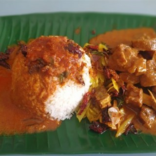 Curry rice with mutton and Vegi - USJ's De Happy Land Restaurant (USJ)|Klang Valley