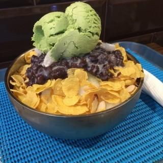 Matcha bingsu  - ในJurong East จากร้านOne Ice Cafe (Jurong East)|สิงคโปร์