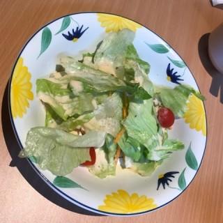 Salad -  dari Saizeriya Ristorante E Caffe (Sengkang) di  |Singapura