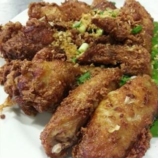 ไก่ทอด -  dari Somtam Nua (ปทุมวัน) di ปทุมวัน |Bangkok