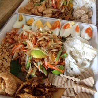 dari ไก่ย่างเขาสวนกวาง (สุเทพ) di  |Chiang Mai