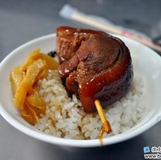 位於彰化市的阿泉爌肉飯 (彰化市) | 彰化/南投