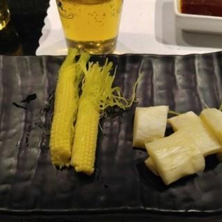 季節菇,季節荀 - Zhongshan District's 八田帝王蟹燒烤 (Zhongshan District)|Taipei