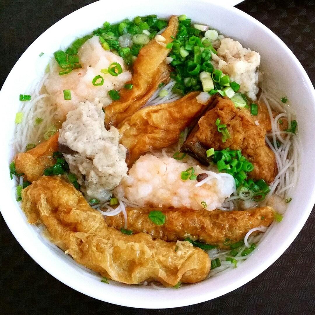 Yong Tau Foo Soup With Bee Hoon Bai Nians Photo In Bugis